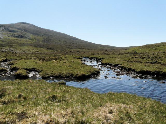 Loch Mhaolach-coire feeder burn