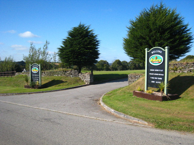 The entrance to Hoburne Holiday Park at Doublebois