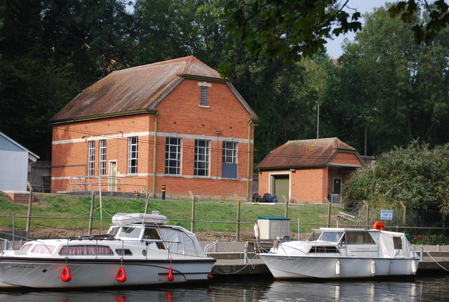 Pumping Station, River Medway, Allington