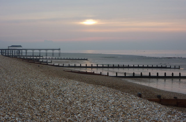 Quiet morning, Bognor Regis shore