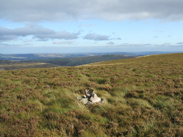 Cairn and view, Broadhope Hill