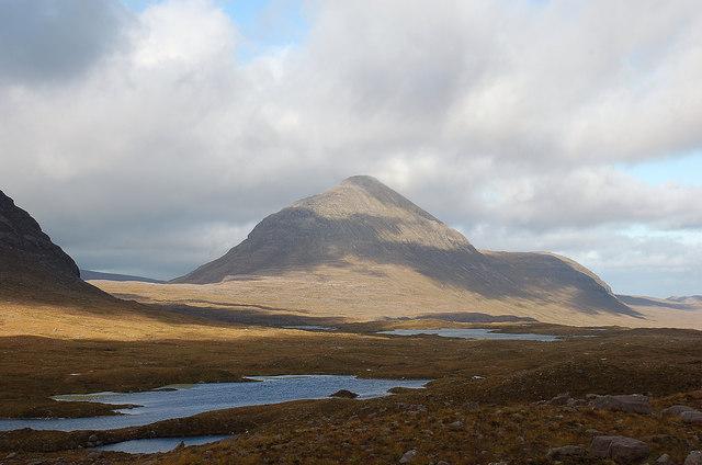 Loch nan Cabar and Beinn an Eoin
