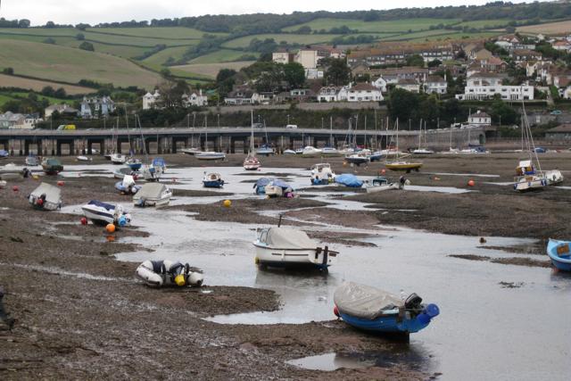 Moorings, Shaldon, low tide