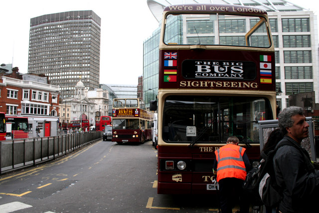 Sightseeing buses outside Victoria Station