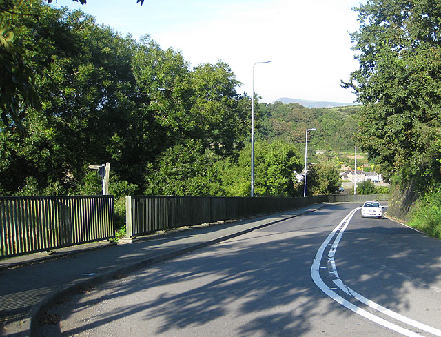 A487 descending to Lower Town