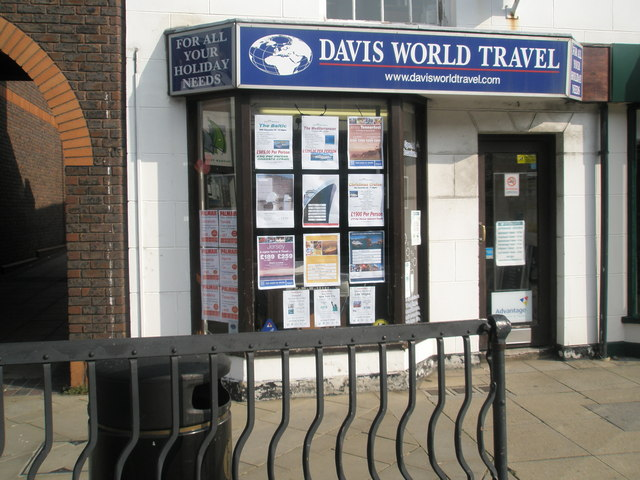 Travel agents in Fareham town centre
