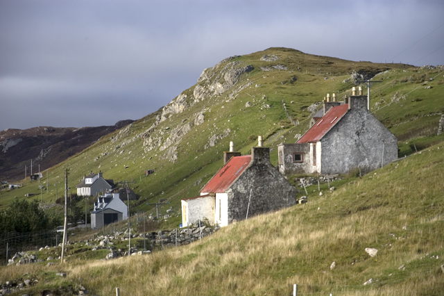 Cottages on the slopes of Cleit Mhor