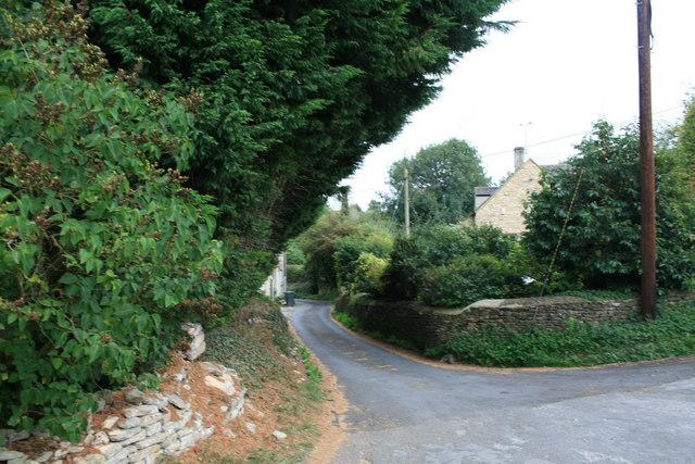Back road through Shipton Under Wychwood
