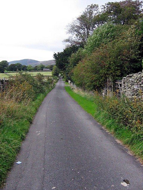 Lane passing Millbeck