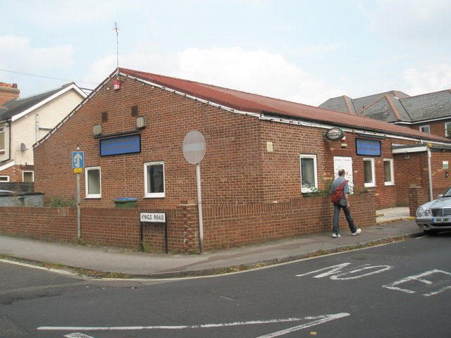 Club at the junction of King's and Western Roads
