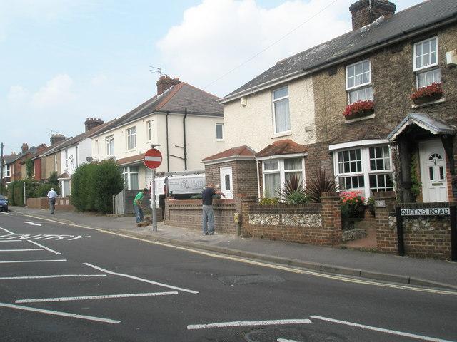 Repairs underway in Queen's Road