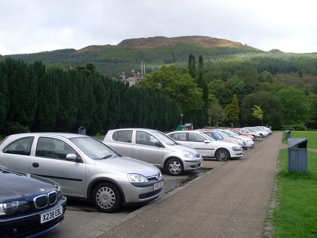 Car parking in Tarbet