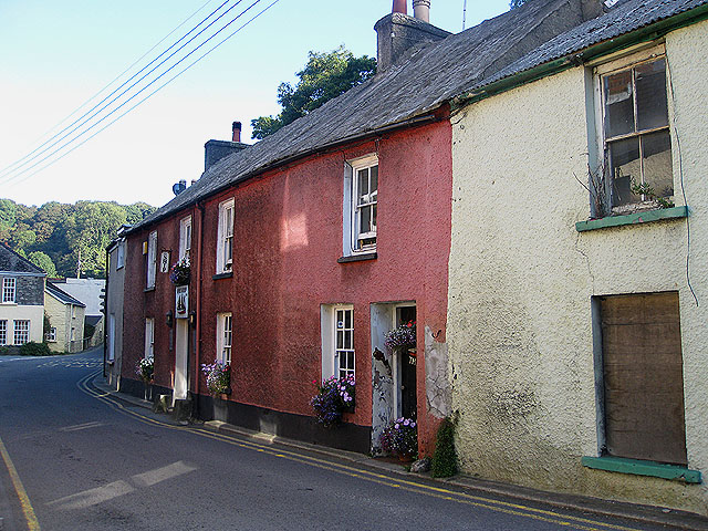 The Ship, Lower Town/Y Cwm