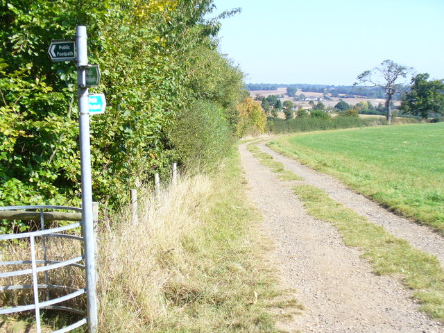 Footpath near Kings Langley