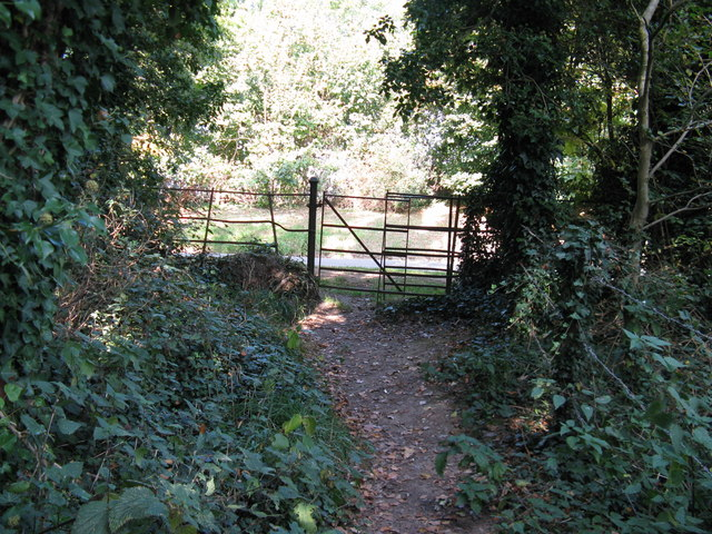 Wrought iron kissing gate near Findon Place
