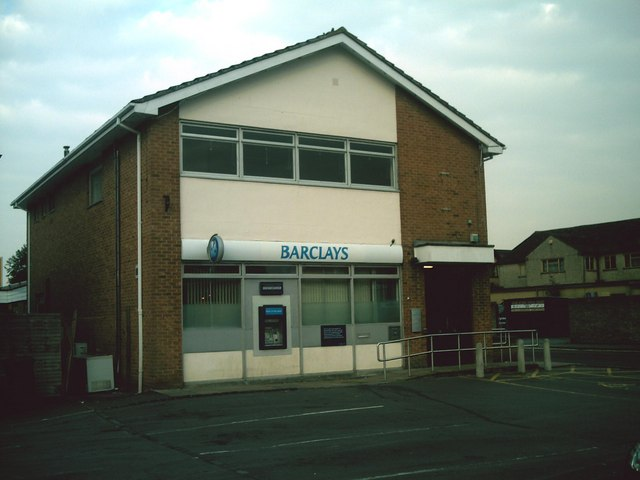 Barclays Bank, Carterton