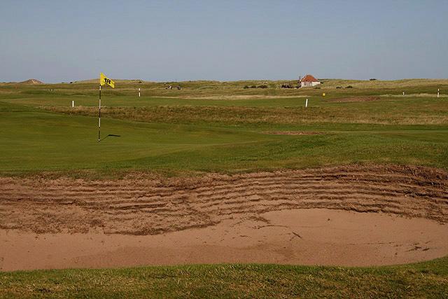 The 18th green at Goswick Golf Course