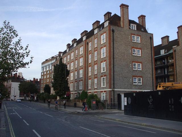 Flats, Ebury Bridge Rd, London