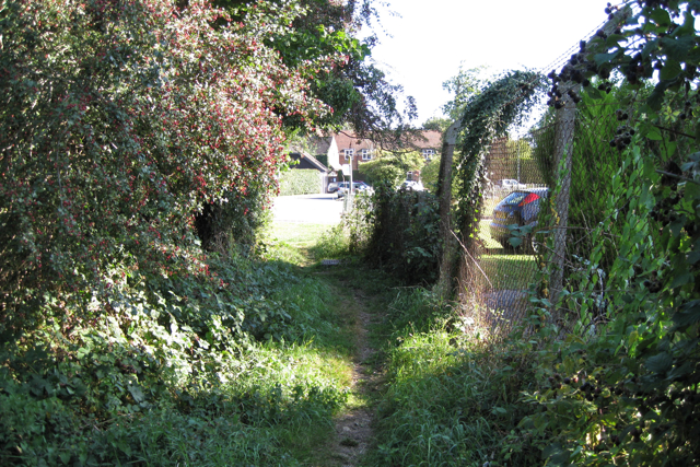 Public footpath approaches Lee Street, Horley