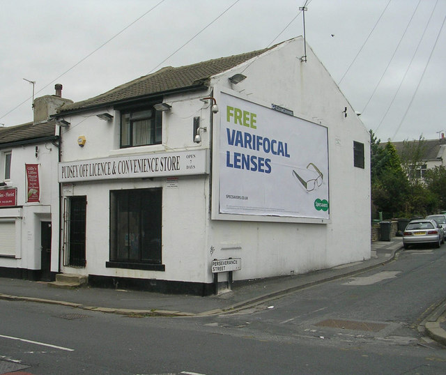 Pudsey Off Licence & Convenience Store - Waterloo Road