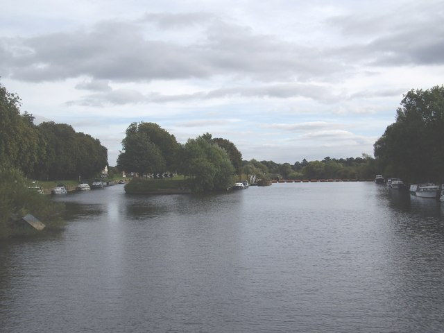 An island in the River Ouse at Naburn