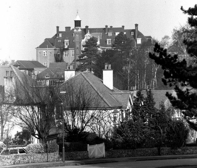 St. Anne's College, Sanderstead