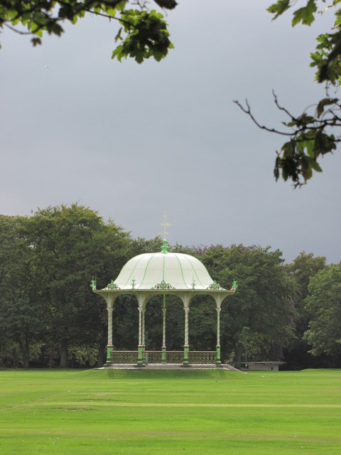 Bandstand in Duthie Park