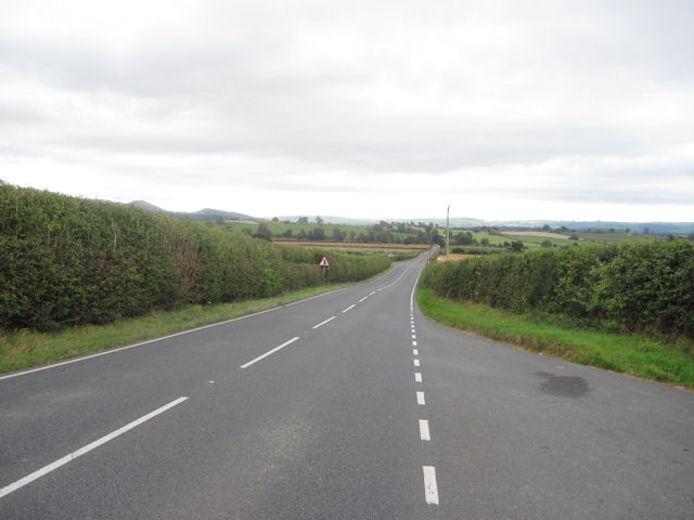 Long Straight road to the crossroads