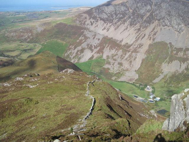 The north west ridge of Y Garn