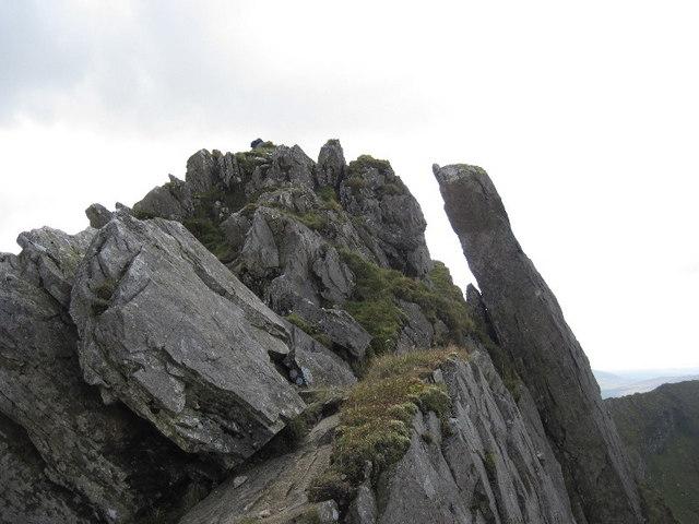 The summit rocks of Mynydd Drws-y-coed
