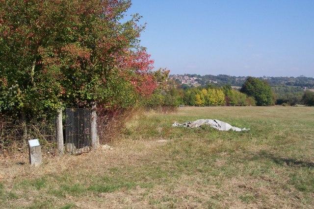 Footpath near Trillinghurst Farm