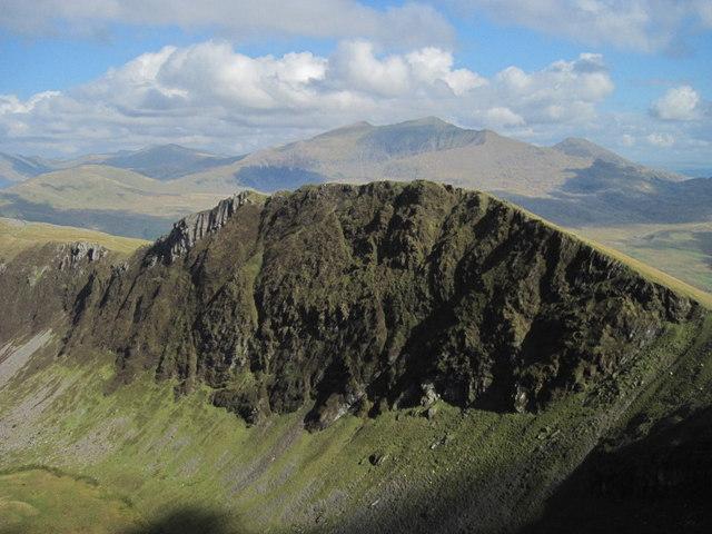 Mynydd Drws-y-coed seen from Trum y Ddysgl
