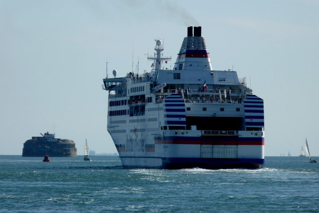 Normandie Leaving Portsmouth Harbour (3)