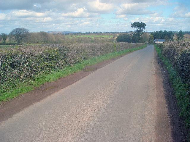 Lane to Fencote Station