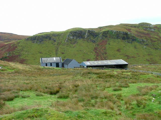 Farm buildings at Totardor