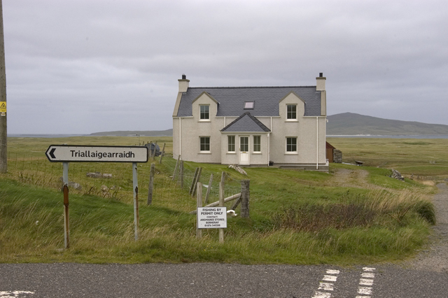 House and road junction near Loch Bhrusda