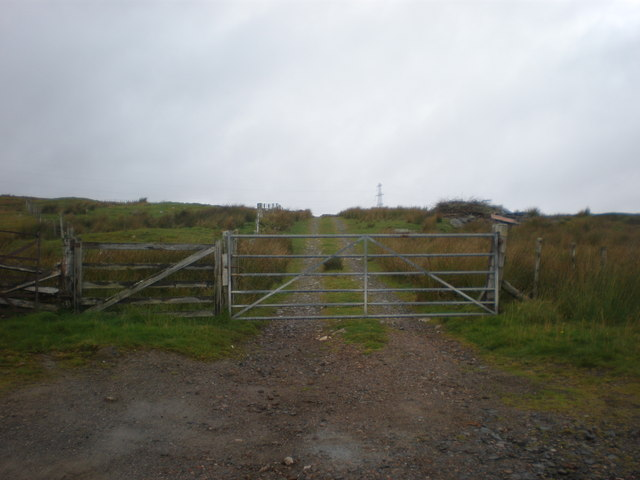 Start of Track to Loch Cracail Beag