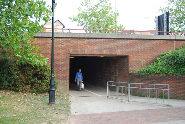 Entrance to the subway under Fairmeadow