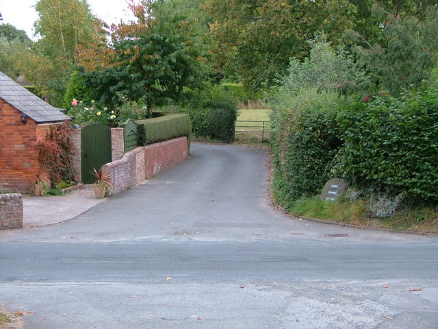 Entrance to Pantile Lane Madley
