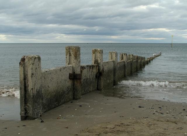 Groyne, Ballyholme Beach