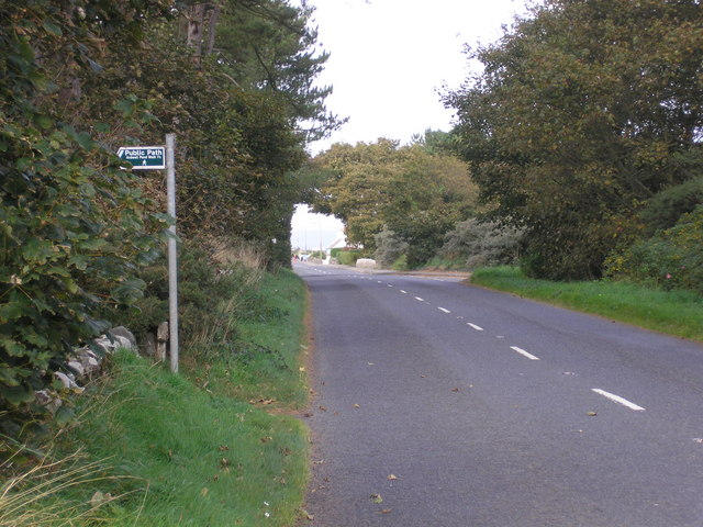 Southern approach to Ardwell