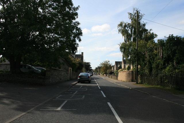 Milton Under Wychwood high street