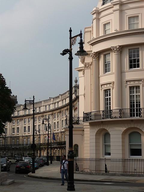 1 Grosvenor Crescent and Wilton Crescent