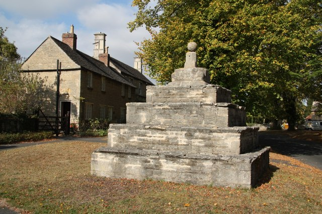 Bainton village cross