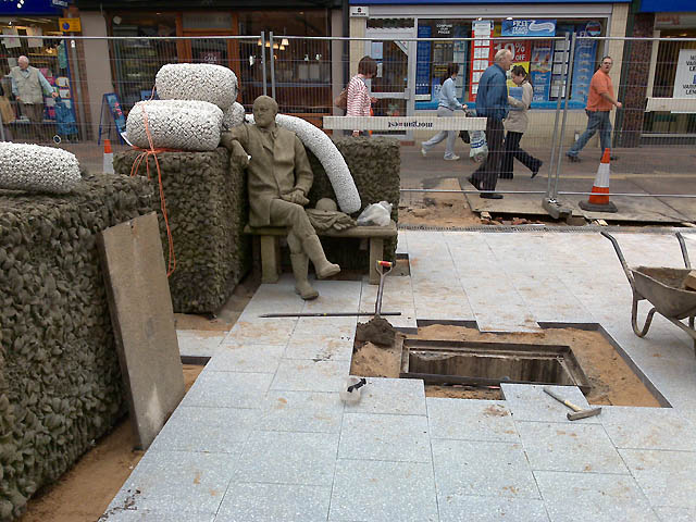 The Beeston Seated Man Gets a Bolster