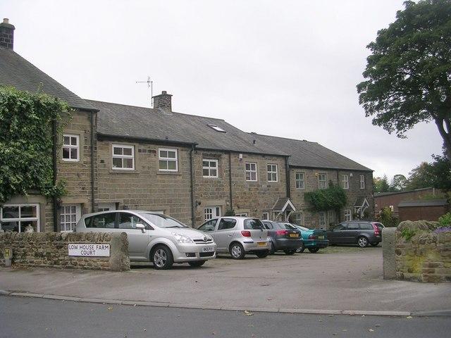Low House Farm Court - Hainsworth Road