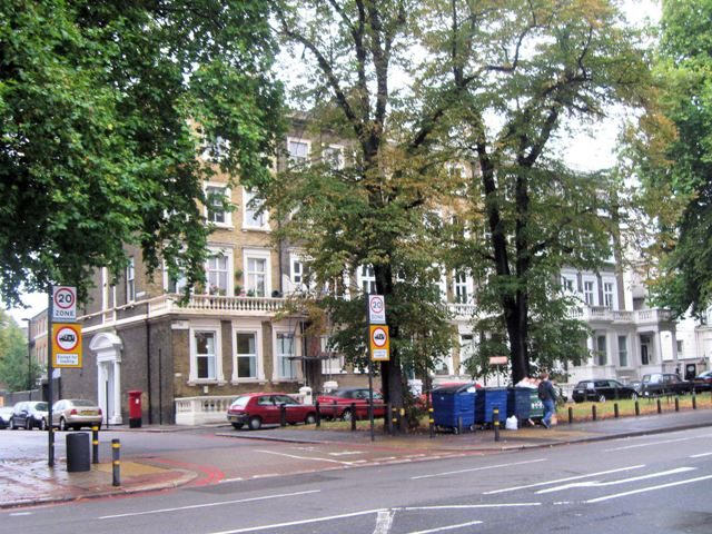 Entrance to Elms Road, Clapham Common