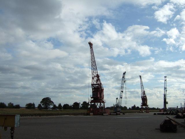 Cranes in Port Sutton Bridge