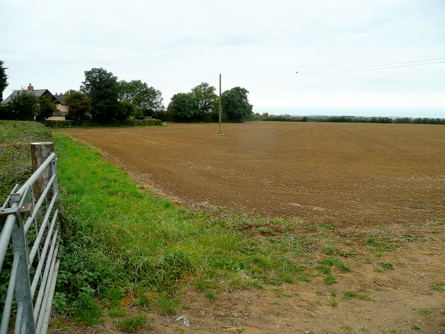 Arable land by Old Well Cottages