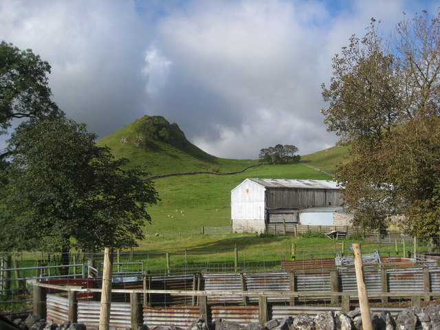 View in the direction of Parkhouse Hill from Glutton Grange